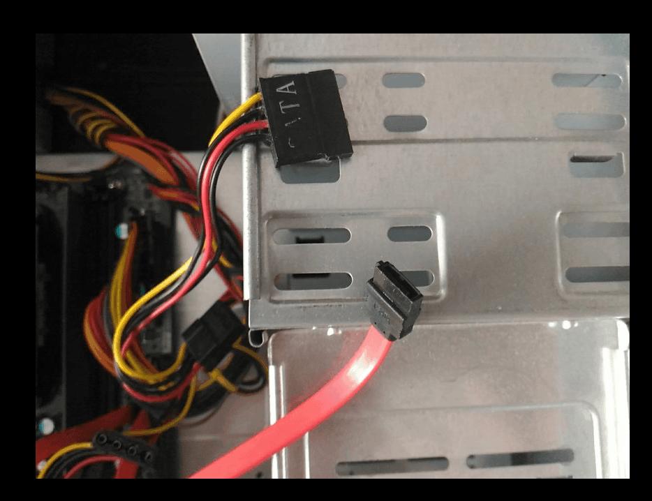 Шлейфы для подключения SSD в системный блок